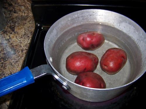 Cook-redpotatos-potatos