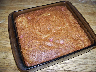 Strawberry-bread-cooked